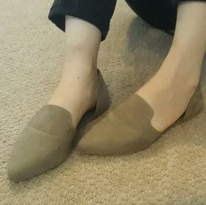 Tan Pointed Toe Flats Sz 6
